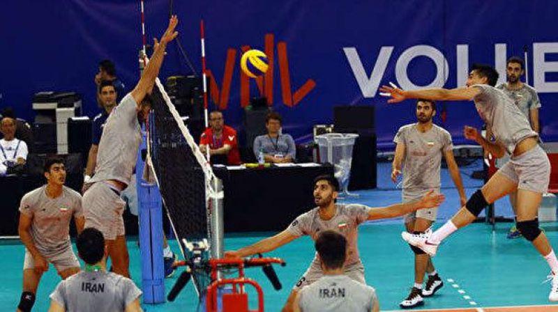 شیران ایرانی برابر خروسهای قهرمان