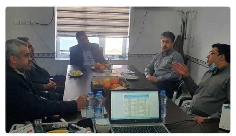 بررسی بازار محصولات پگاه در شهرستان پیرانشهر