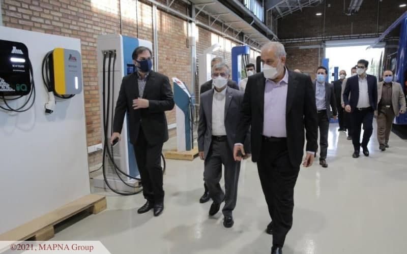 بازدید مدیرعامل همراه اول از کارخانه شرکت مهندسی و ساخت برق و کنترل مپنا