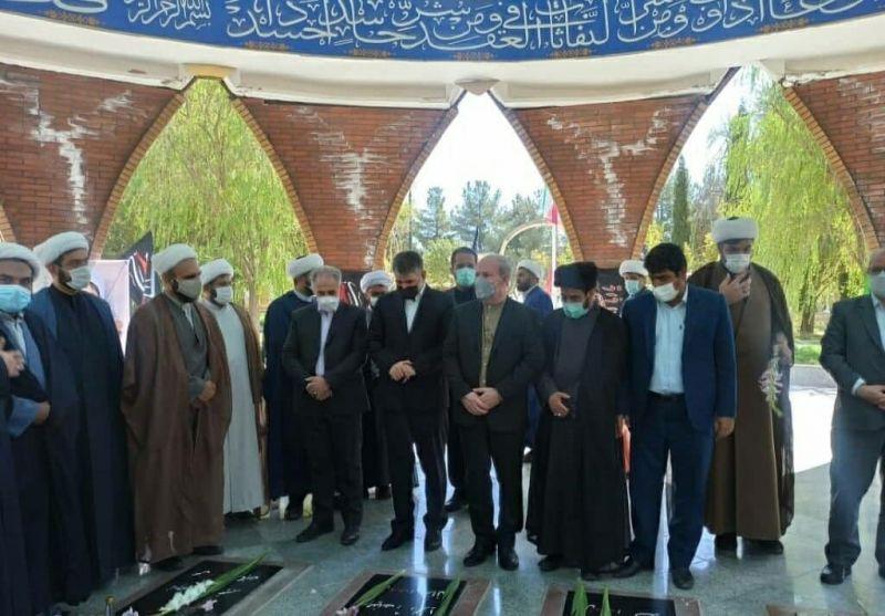 وزیر جهاد کشاورزی به شهدای گمنام ایلام ادای احترام کرد