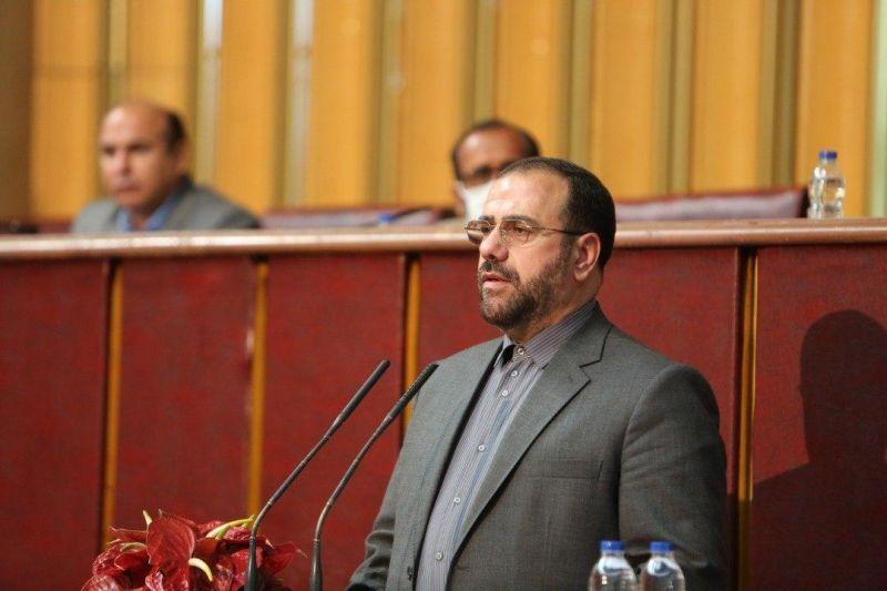 شورای عالی استانها از شاخصههای دموكراسی است/جایگاه شوراها در قانون اساسی تبیین شده