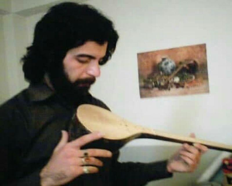 ساز طهرانی حاصل سالها تجربه است/ تازه واردان با ساز بی کیفیت ، هنر پیشکسوتان را زیر سوال می برند