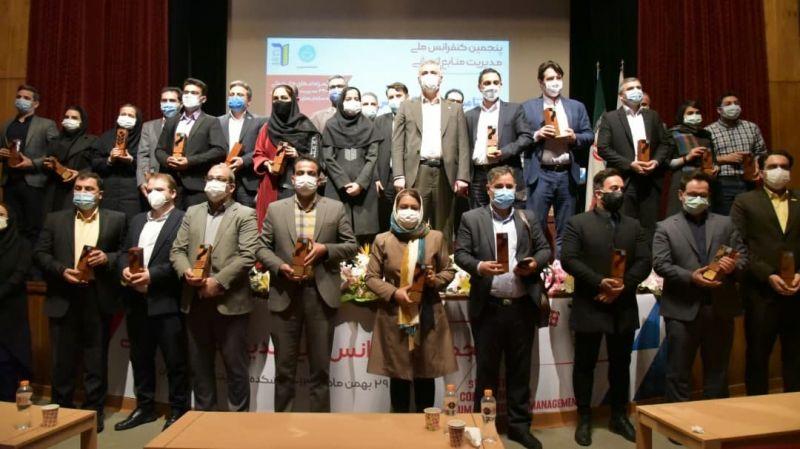 کسب نشان برنزین C3 توسط شرکت نفت ایرانول در چهارمین دوره جایزه مدل ۳۴۰۰۰ منابع انسانی
